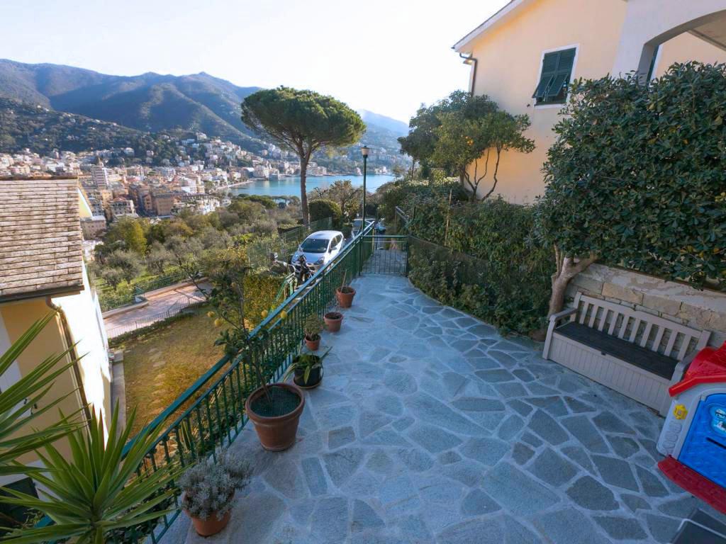 Appartamento a Zona Porto, Rapallo