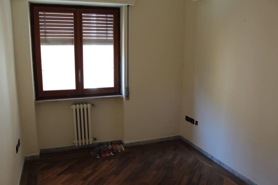 Quadrilocale in buone condizioni in vendita Rif. 6121493