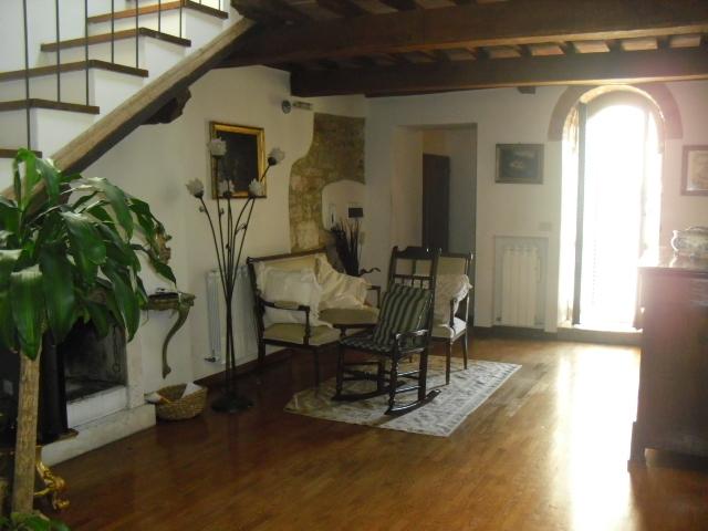 Appartamento in ottime condizioni in vendita Rif. 8844342