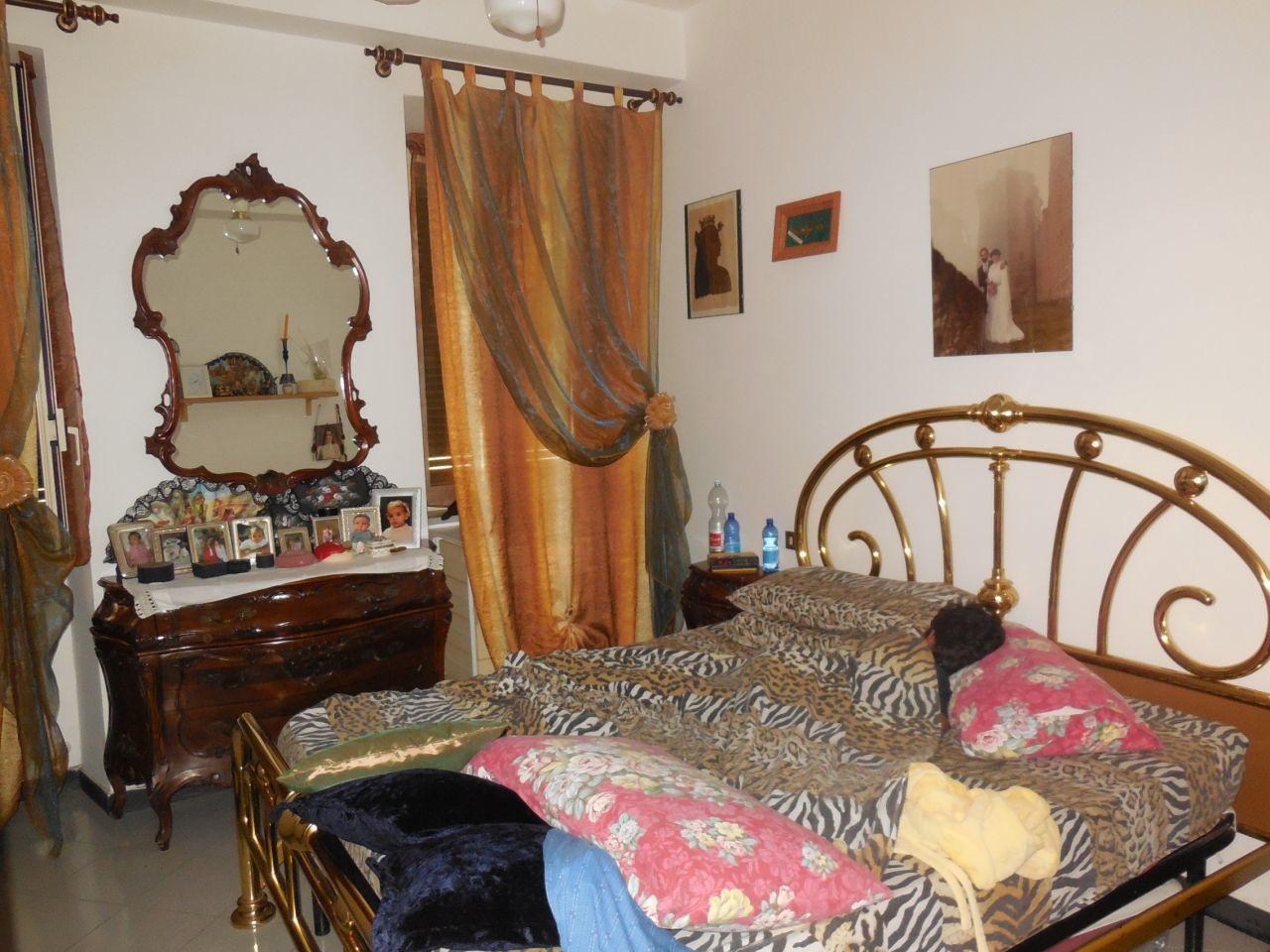 Appartamento in buone condizioni in vendita Rif. 9707330