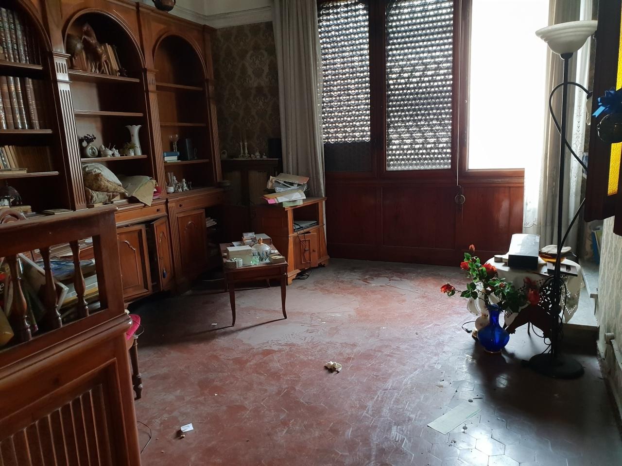 Porzione di casa in discrete condizioni in vendita Rif. 10275176