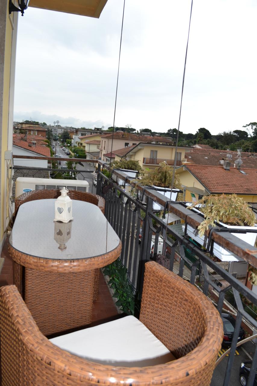 Appartamento in buone condizioni in affitto Rif. 8558865