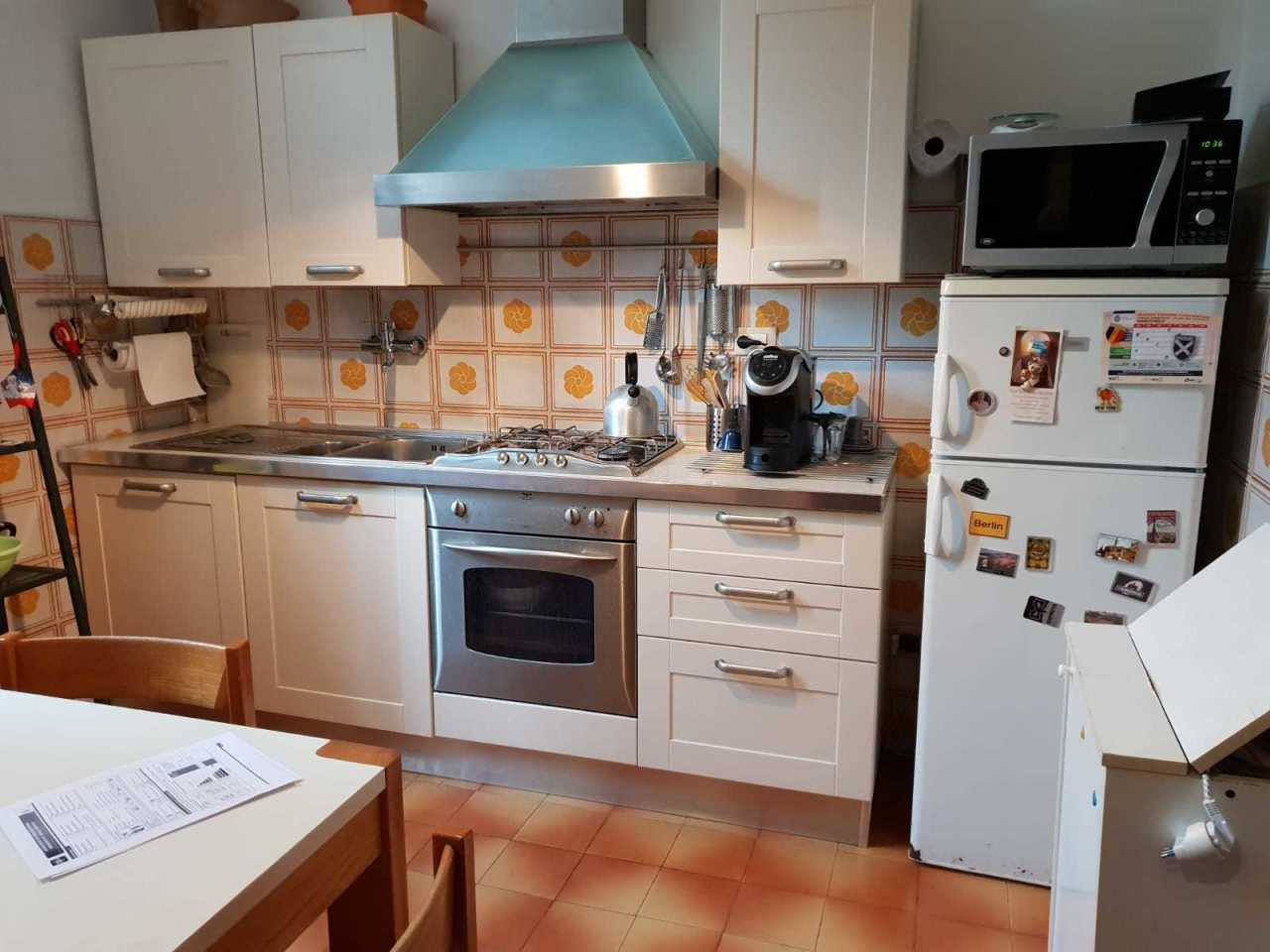 Porzione di casa in buone condizioni in vendita Rif. 9044598