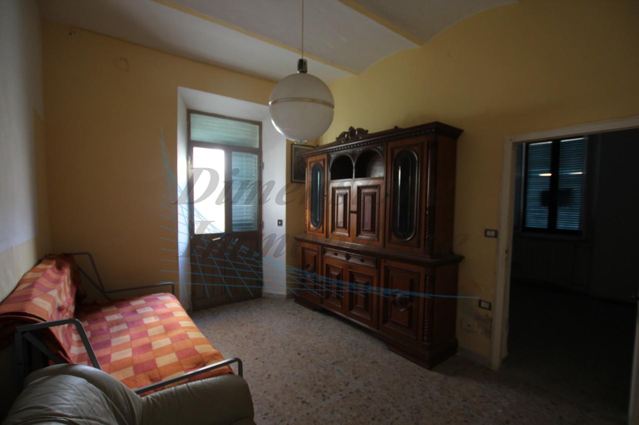 Casa Indipendente da ristrutturare in vendita Rif. 8604675