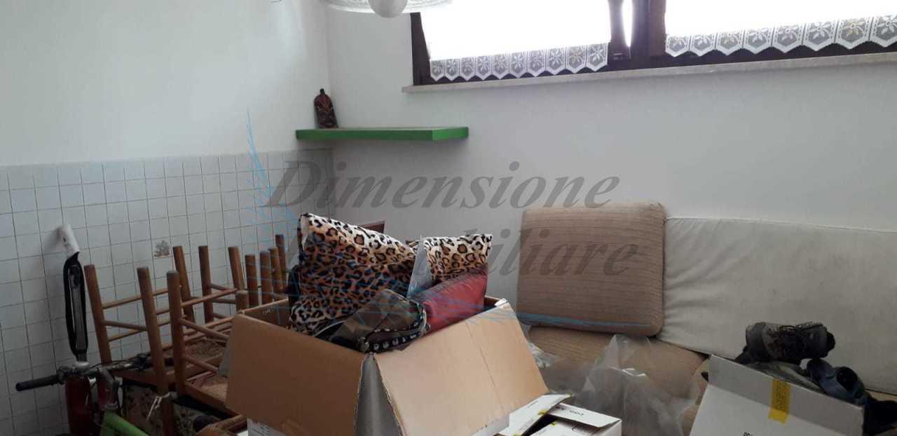 Bilocale in buone condizioni in vendita Rif. 9910765