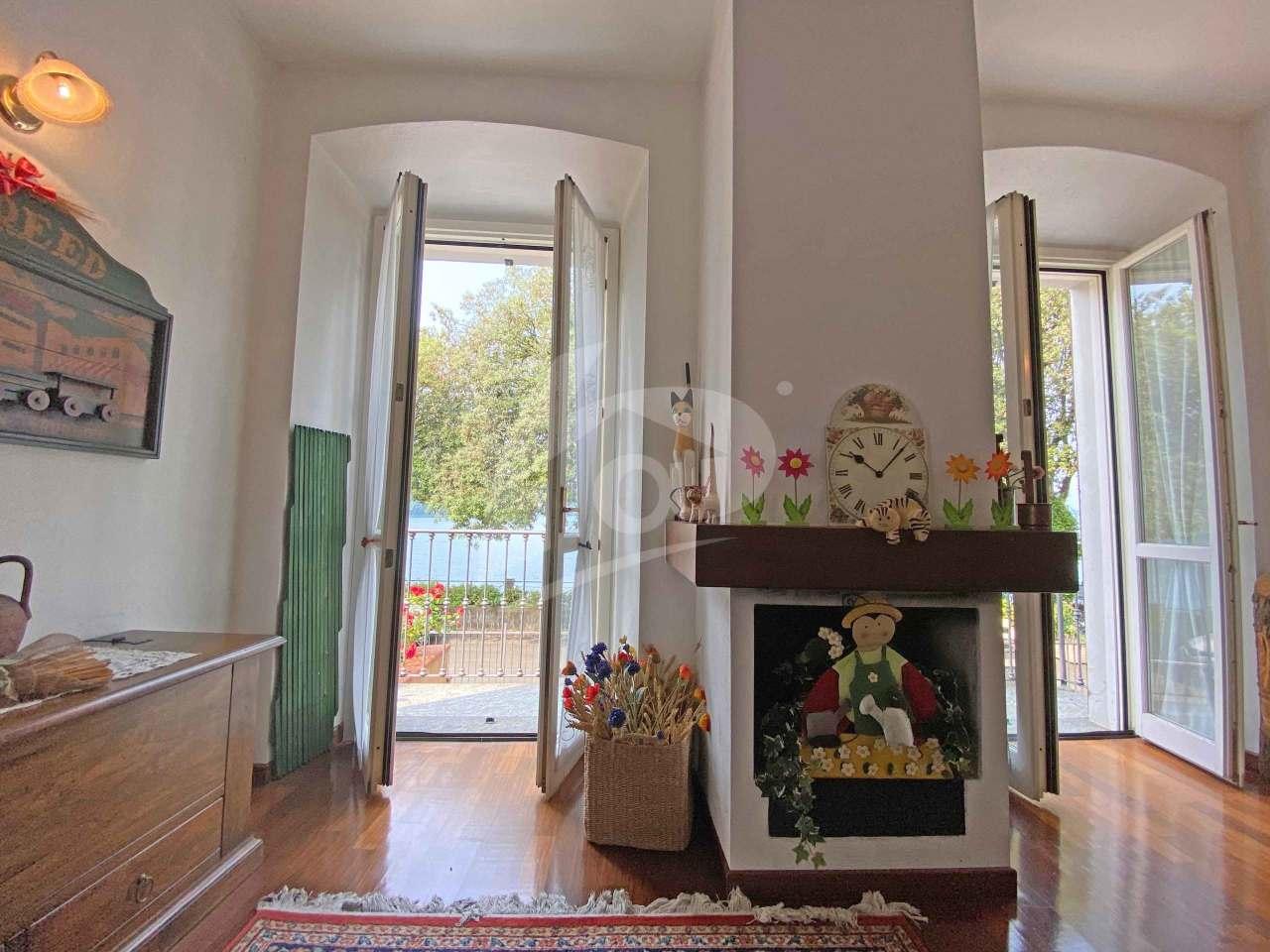 Appartamento in affitto a Laveno-Mombello, 5 locali, prezzo € 1.000   PortaleAgenzieImmobiliari.it