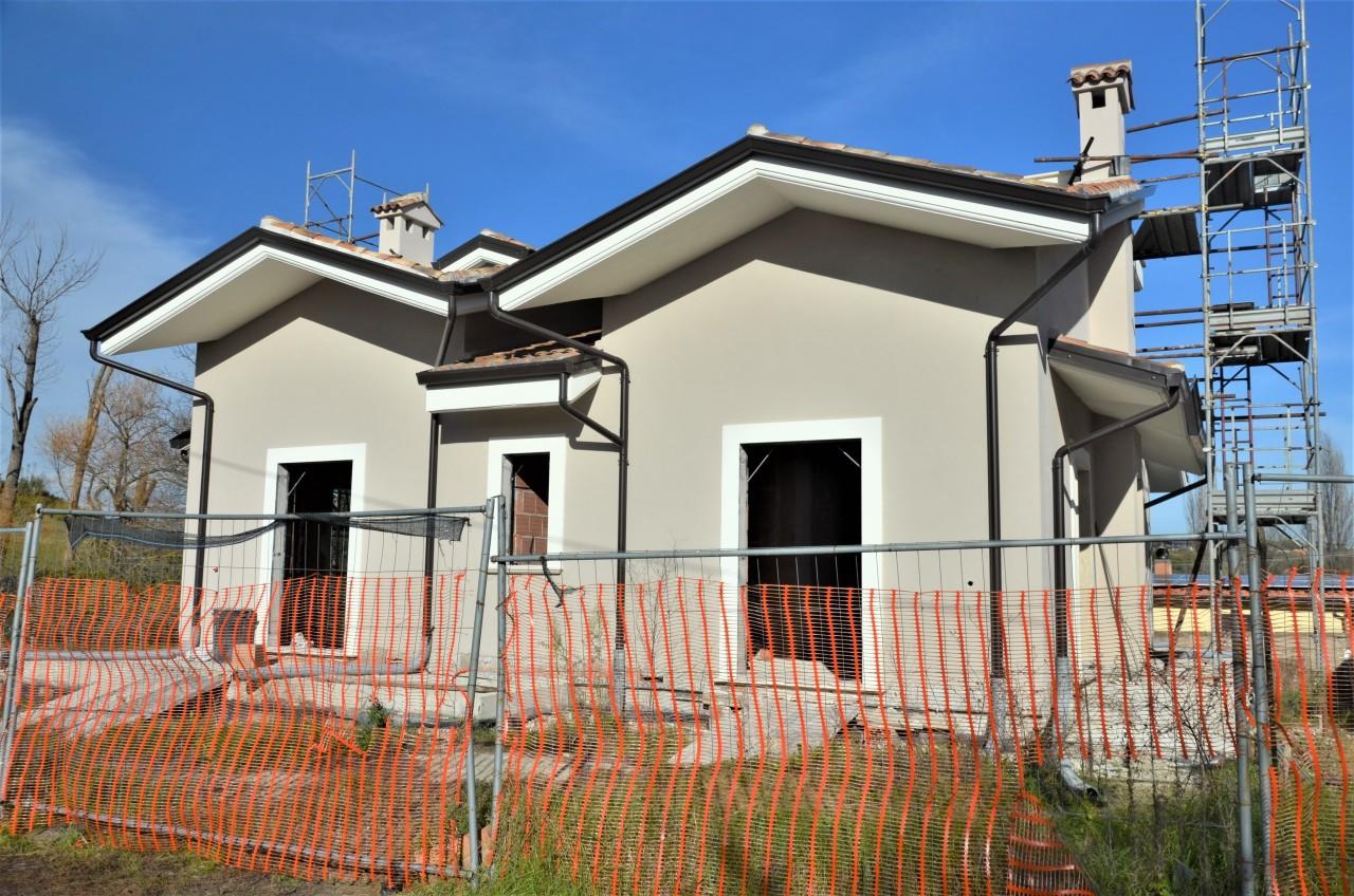 Villetta a schiera in vendita Rif. 11765480