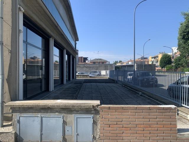 Affitto capannone, Bologna