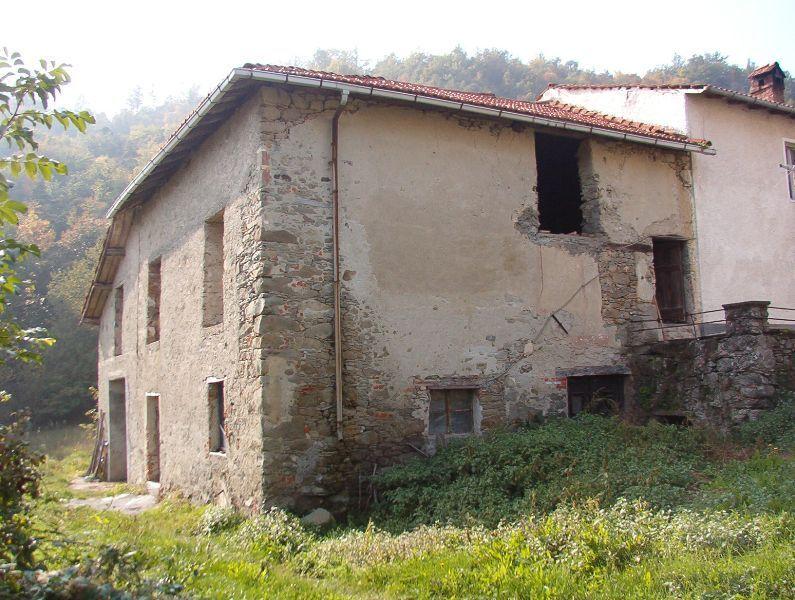 Rustico / Casale in vendita a Mioglia, 7 locali, prezzo € 55.000 | PortaleAgenzieImmobiliari.it