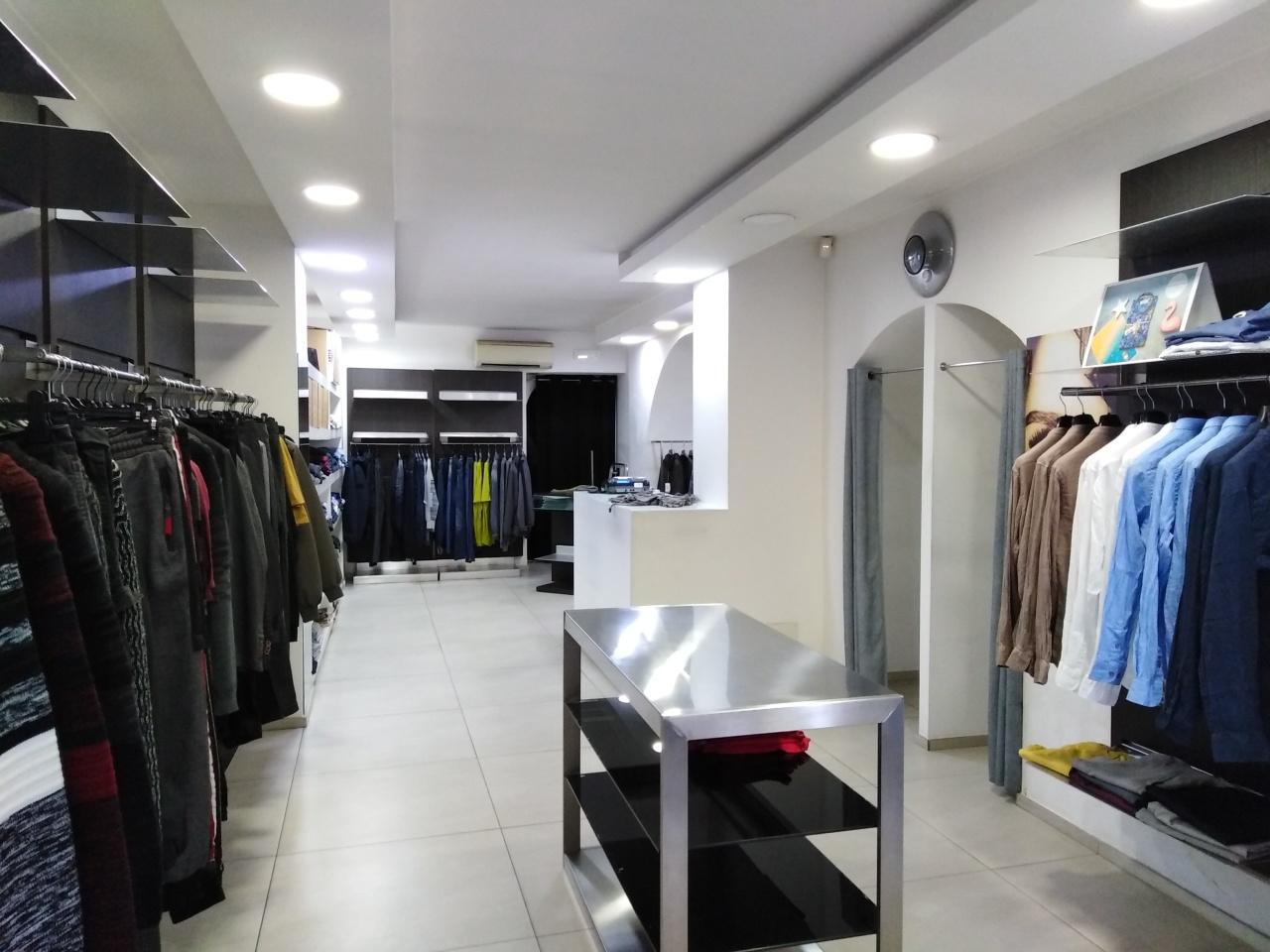Locale commerciale - 1 Vetrina a Ragusa