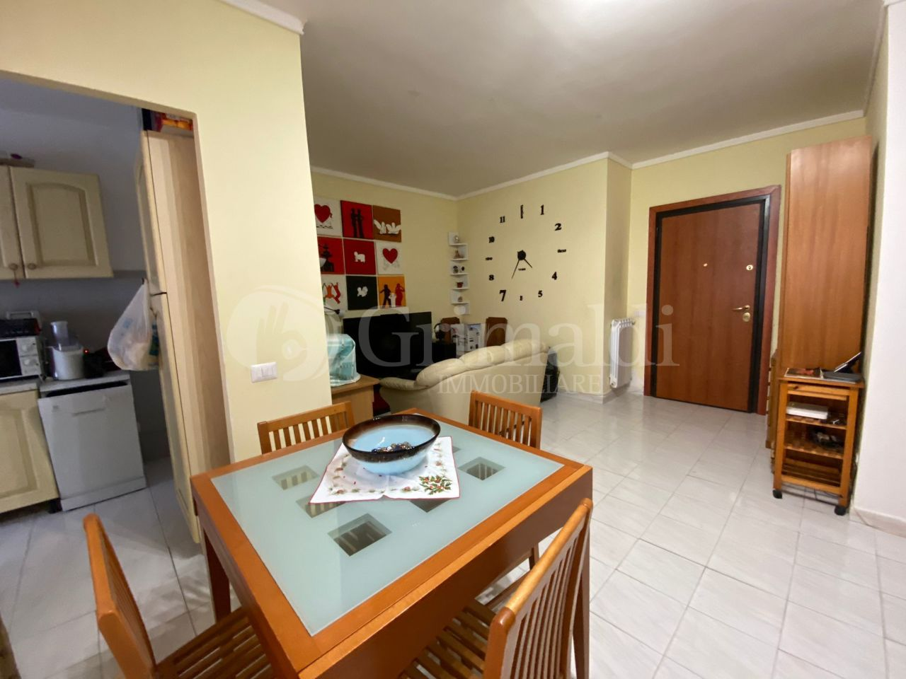 Appartamento in vendita a Anzio, 3 locali, prezzo € 54.000   PortaleAgenzieImmobiliari.it