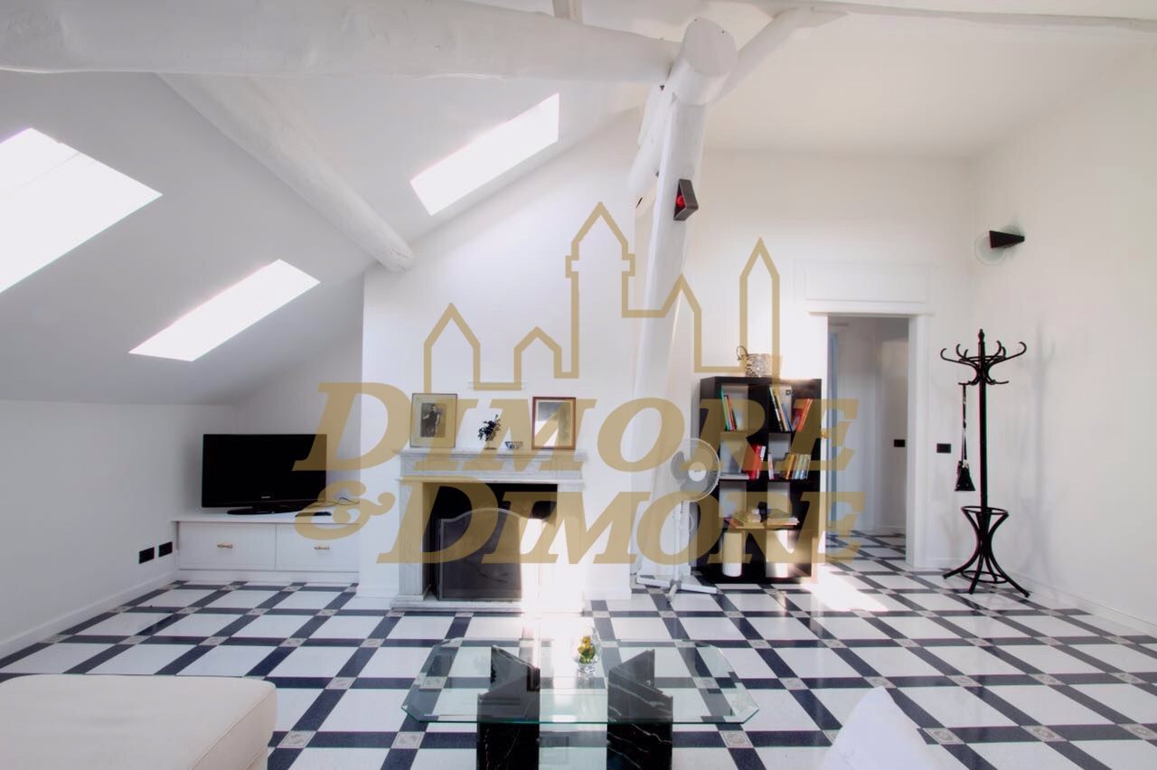 Appartamento - Trilocale a Luino
