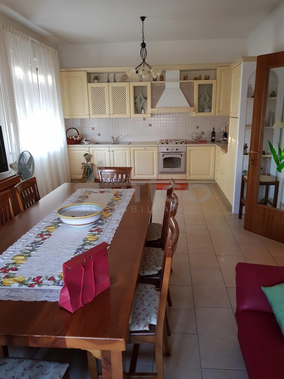 Casa Indipendente in ottime condizioni in vendita Rif. 9135815