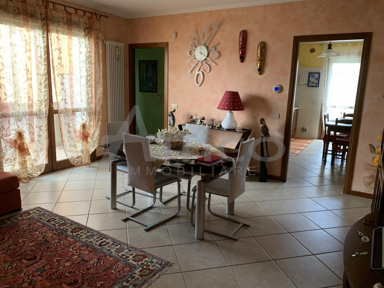 Appartamento - Quadrilocale a Boara Polesine, Rovigo