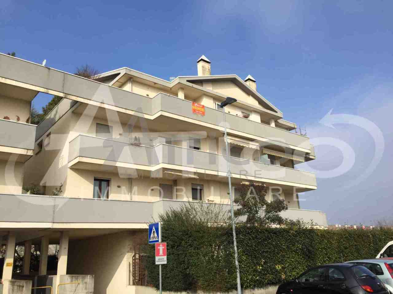Locale commerciale - 2 Vetrine a Tassina, Rovigo Rif. 4169540