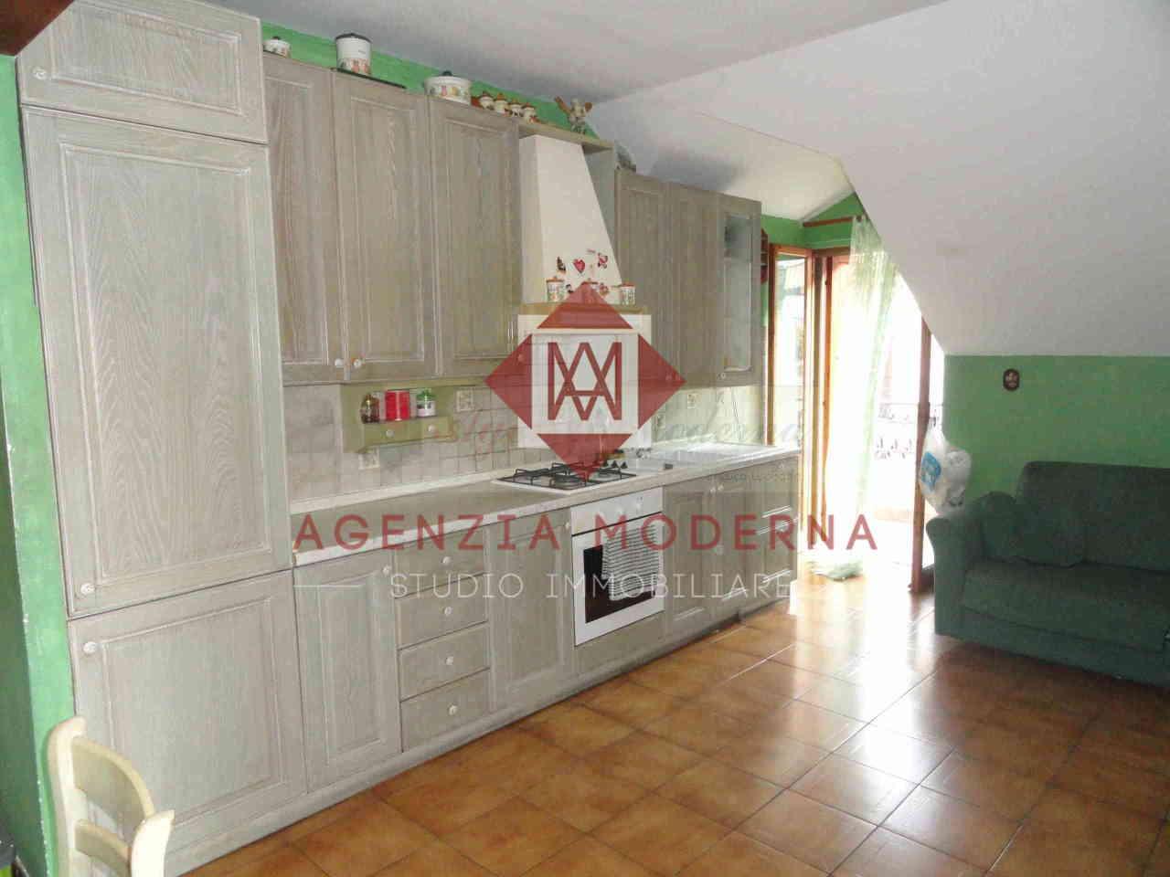 Appartamento in vendita a Ventimiglia, 3 locali, prezzo € 120.000 | PortaleAgenzieImmobiliari.it