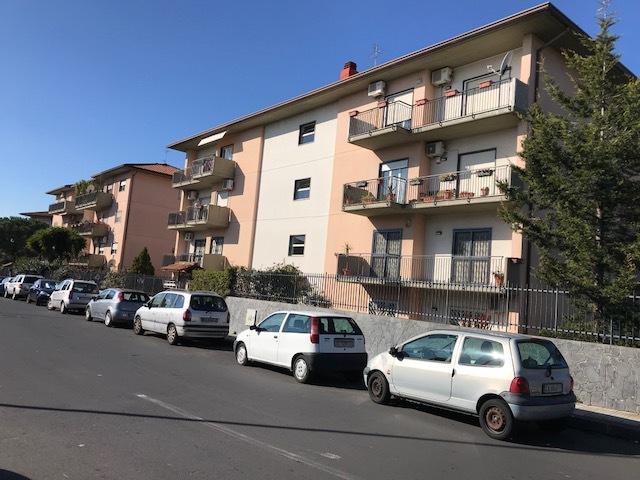 Appartamento in buone condizioni in vendita Rif. 10825718