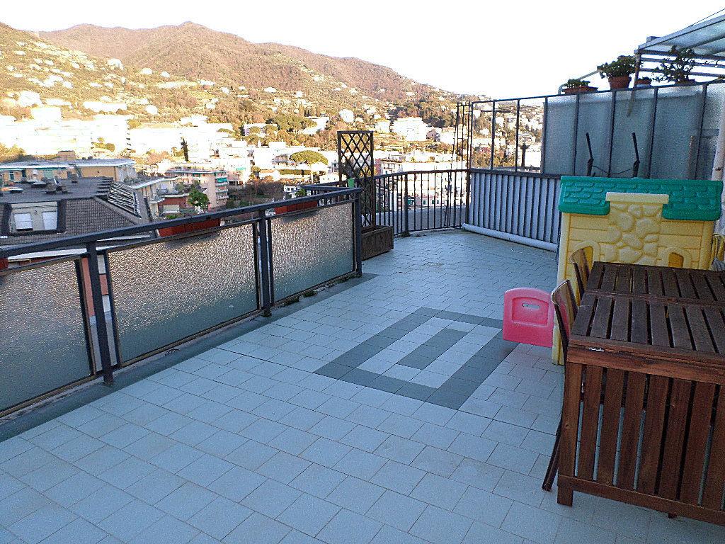 Attico / Mansarda in vendita a Rapallo, 5 locali, prezzo € 198.000 | PortaleAgenzieImmobiliari.it