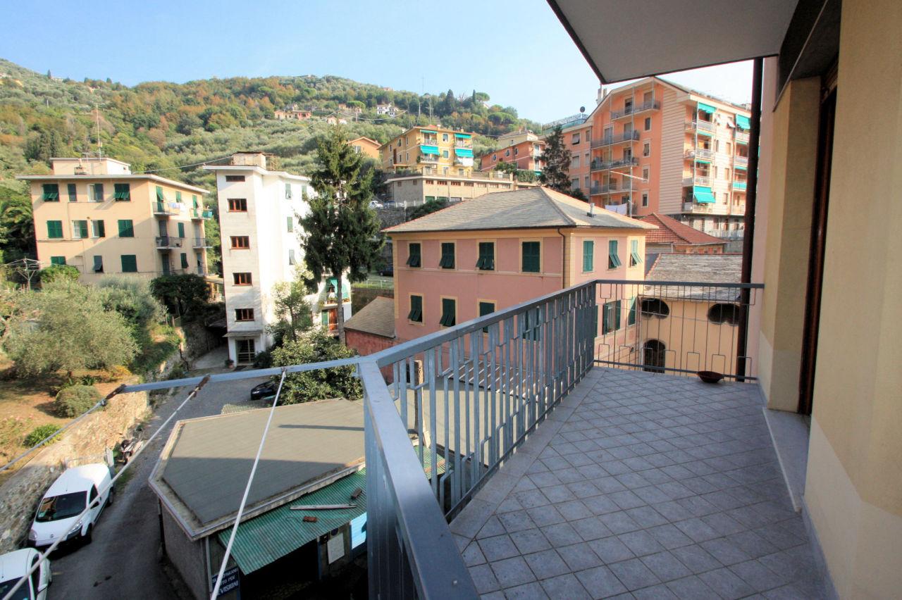 Appartamento in buone condizioni in affitto Rif. 9209431