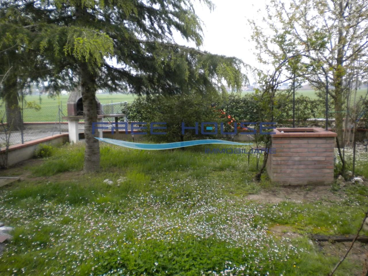 Villetta a schiera in buone condizioni in vendita Rif. 5517964