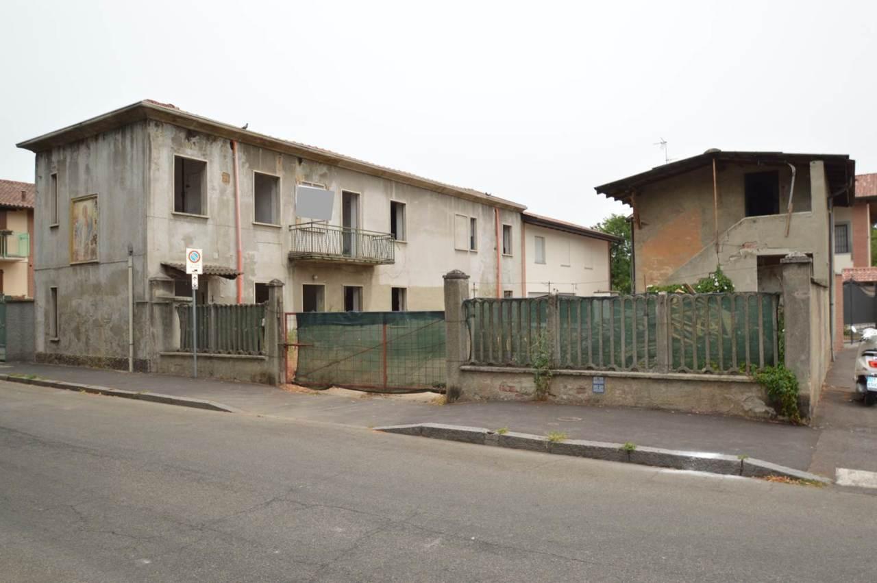 Rustico / Casale in discrete condizioni in vendita Rif. 10715861