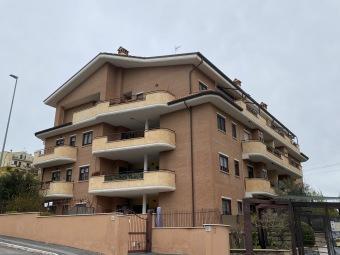 Rif.(1000147) - Appartamento ...