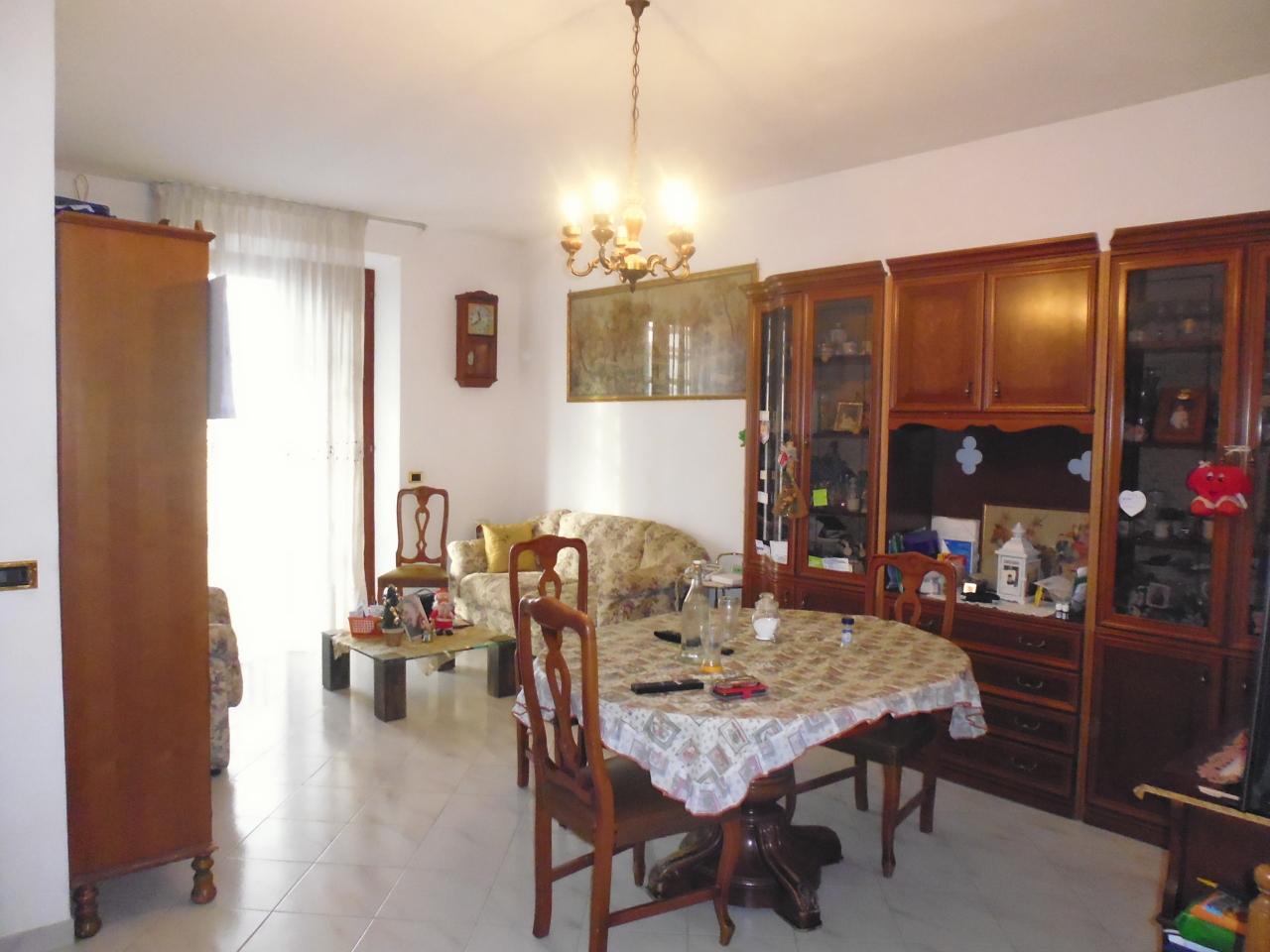 Casa Indipendente in buone condizioni in vendita Rif. 9209678