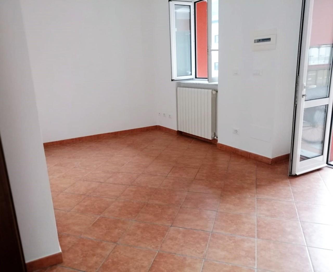 Bilocale ristrutturato in affitto Rif. 10040723