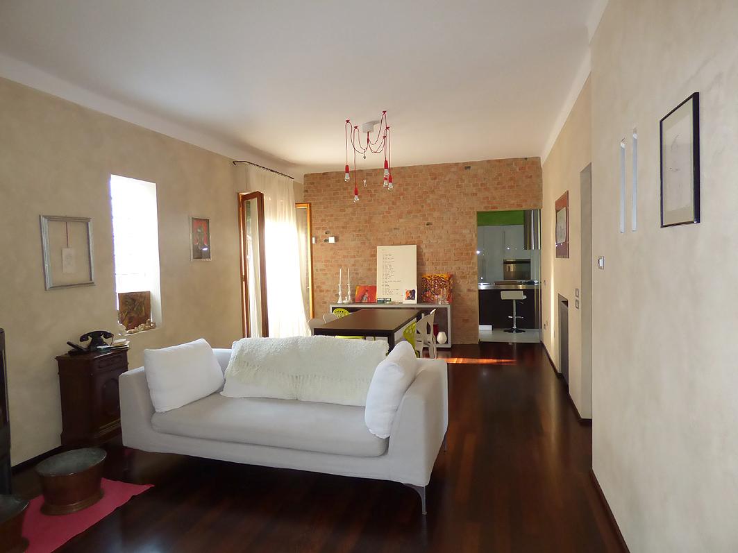 Villa in ottime condizioni in vendita Rif. 9863682