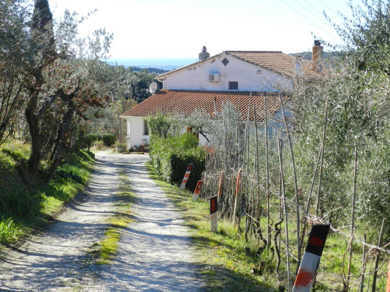 Rustico / Casale in buone condizioni in vendita Rif. 9581205