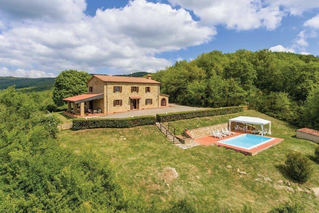 Rustico / Casale in vendita a Montecatini Val di Cecina, 12 locali, prezzo € 595.000 | CambioCasa.it