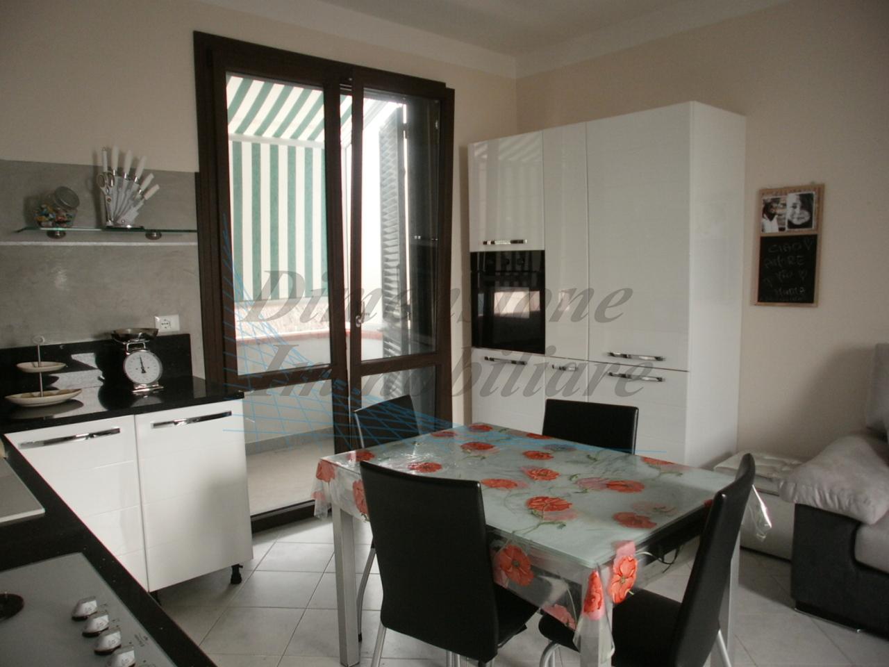 Appartamento arredato in vendita Rif. 10015678