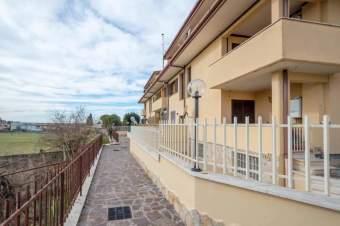 Appartamento, Guidonia Montecelio  -  La ...