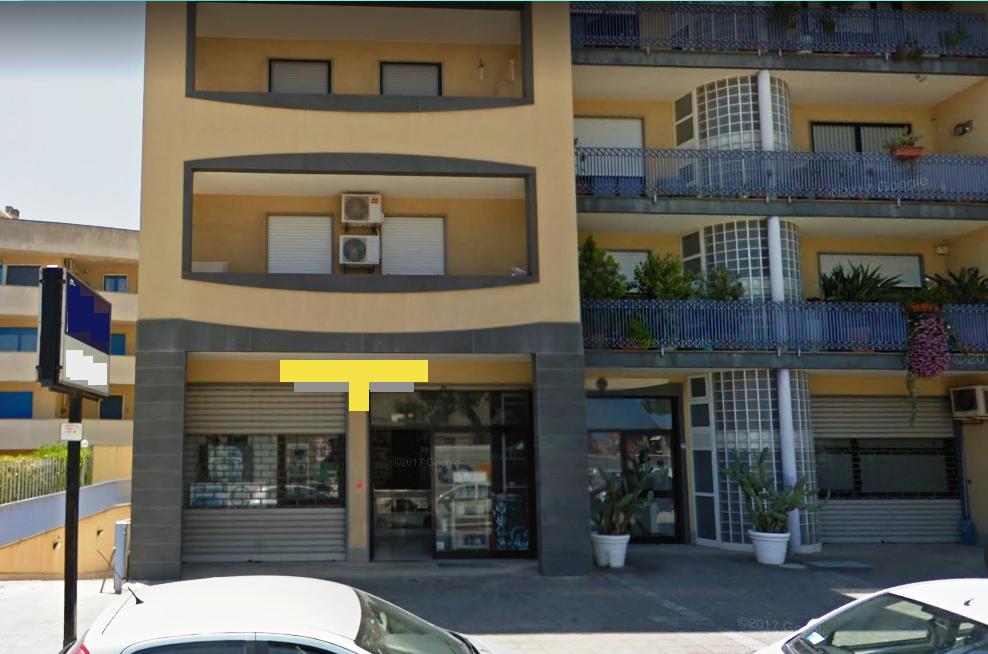 Locale commerciale - 2 Vetrine a Monopoli Rif. 7292958