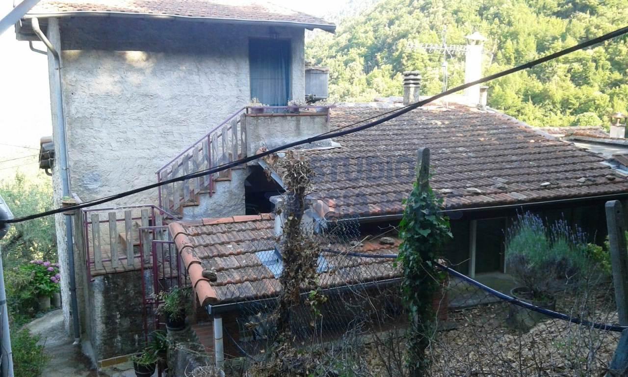 Soluzione Indipendente in vendita a Taggia, 4 locali, prezzo € 68.000 | CambioCasa.it