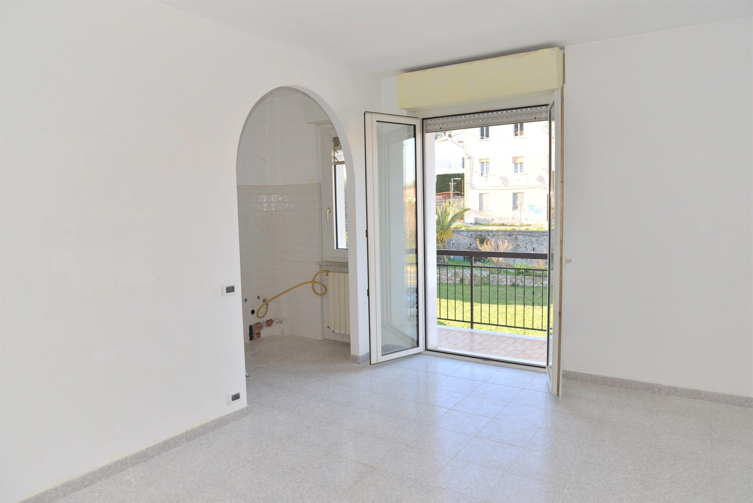 Appartamento - Valle Di Vado, Vado Ligure