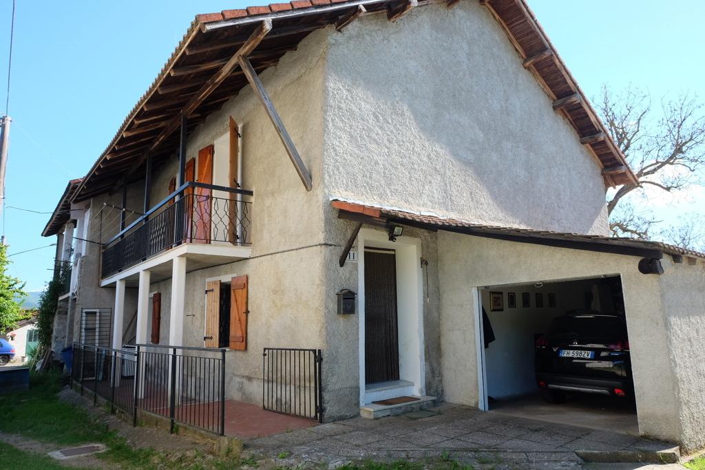 Soluzione Semindipendente in vendita a Giusvalla, 9 locali, prezzo € 125.000 | PortaleAgenzieImmobiliari.it