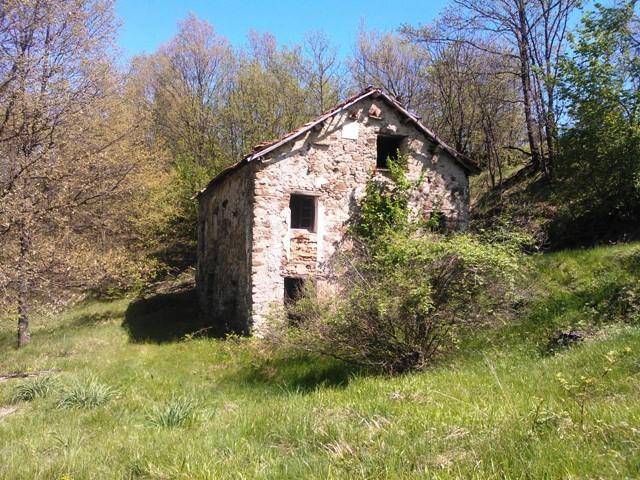 Rustico / Casale in vendita a Giusvalla, 5 locali, prezzo € 40.000 | PortaleAgenzieImmobiliari.it
