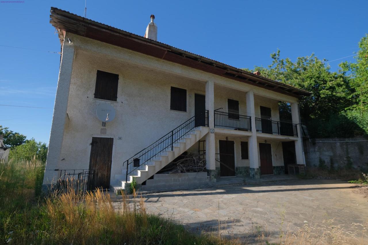 Soluzione Semindipendente in vendita a Mioglia, 8 locali, prezzo € 65.000 | PortaleAgenzieImmobiliari.it