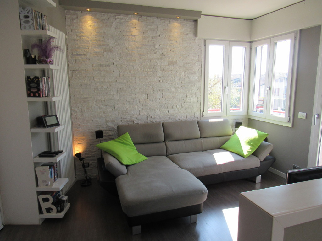 Appartamento ristrutturato in vendita Rif. 9985822