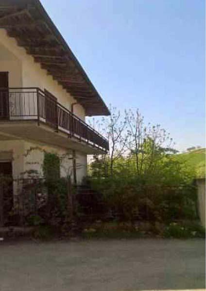 Casa Indipendente da ristrutturare in vendita Rif. 9581052