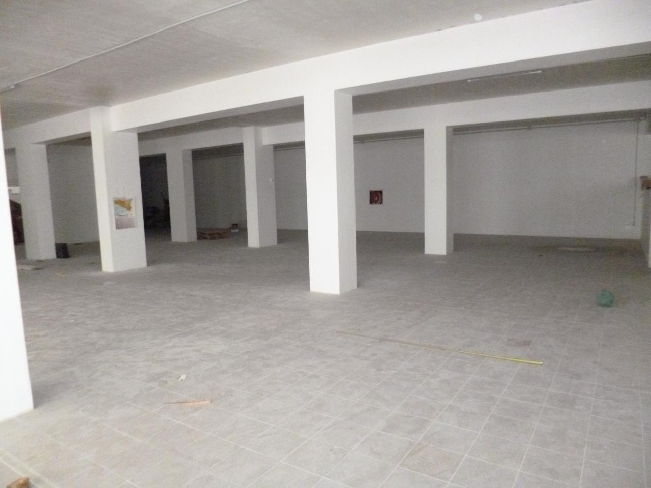 Locale commerciale - Oltre 3 vetrine a Ragusa Rif. 9511269