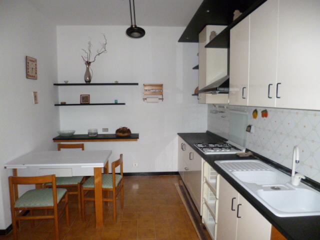 Quadrilocale in ottime condizioni in affitto Rif. 11432100