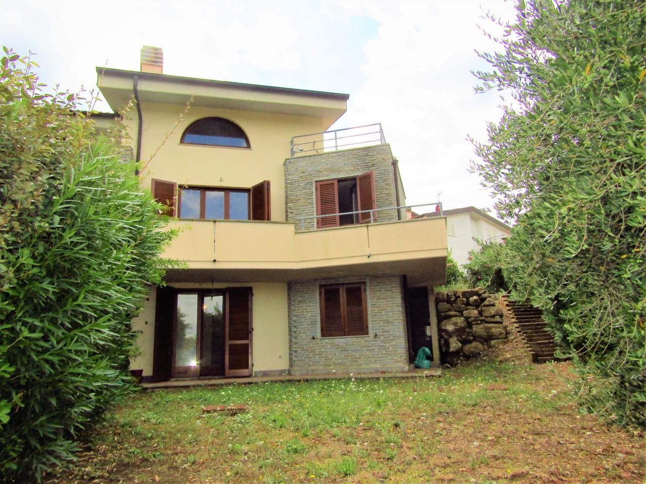 Villetta a schiera in ottime condizioni in vendita Rif. 7602753