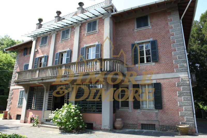 Rustico / Casale in vendita a Valenza, 10 locali, prezzo € 850.000 | CambioCasa.it
