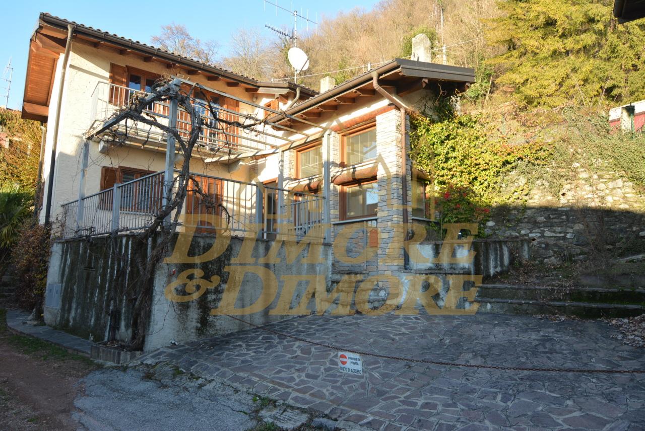 Vendita Villa unifamiliare Casa/Villa Laveno-Mombello Via Professor Monteggia 25-26 133404