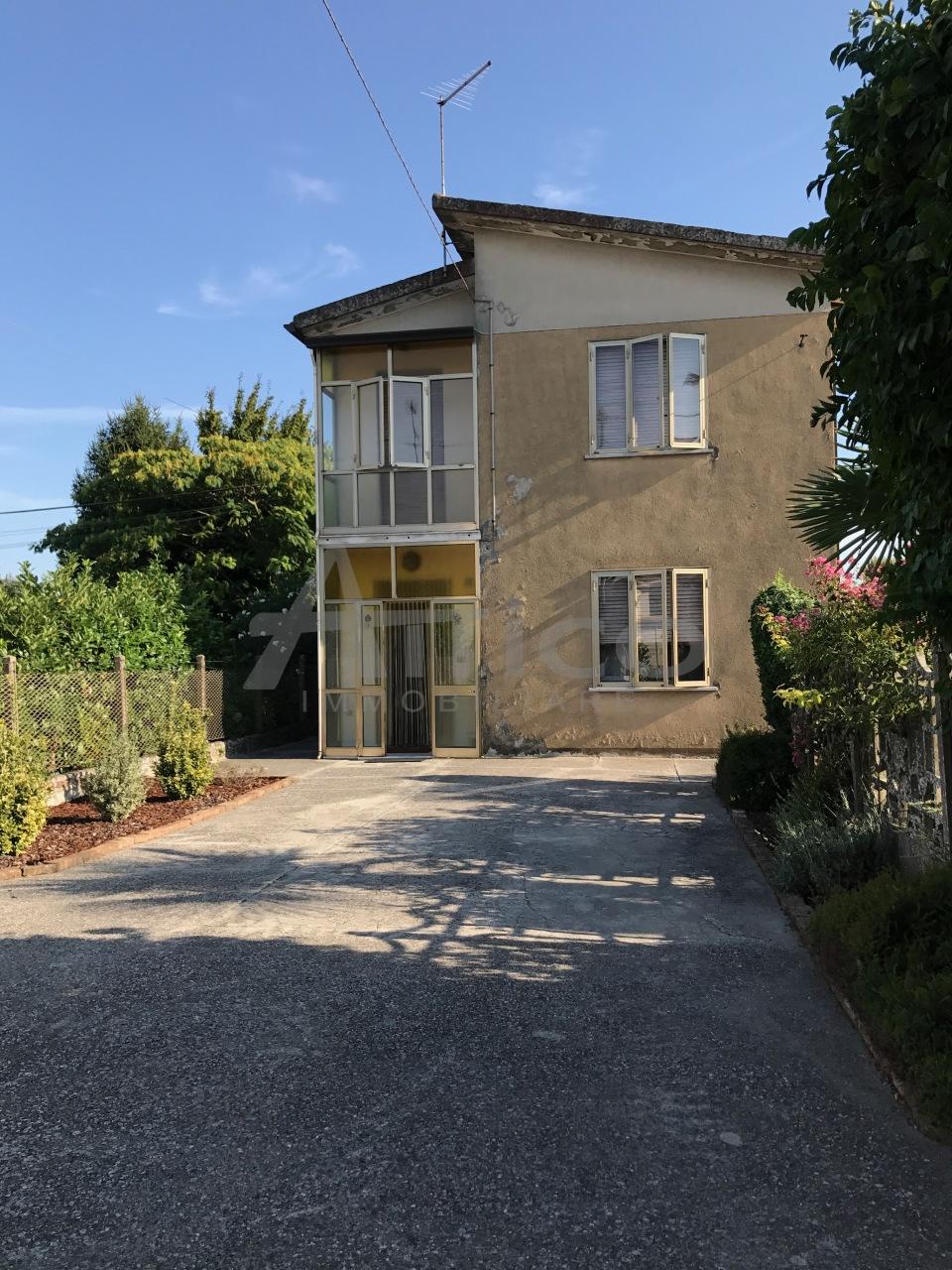 Casa Indipendente da ristrutturare in vendita Rif. 4169492