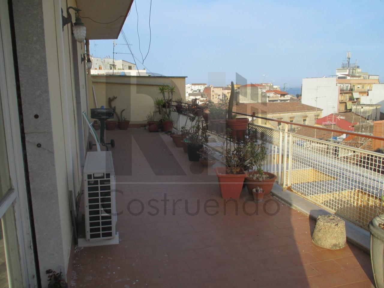 Appartamento - Attico a Città, Catania