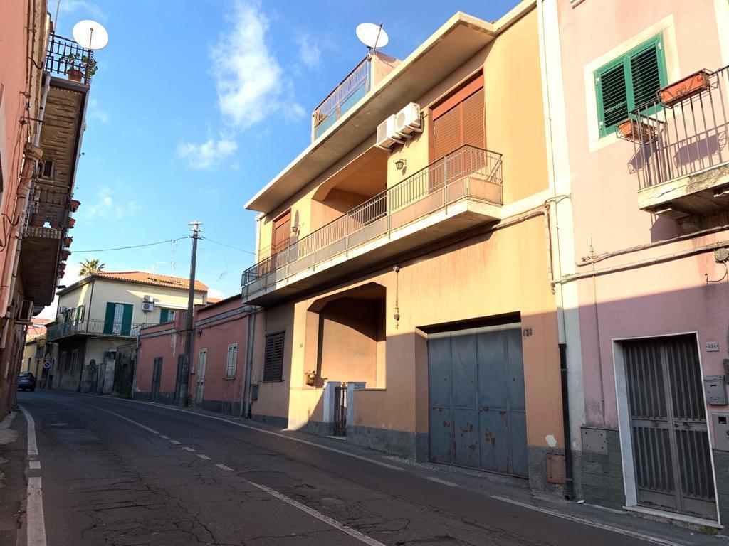 Appartamento in vendita a Tremestieri Etneo, 4 locali, prezzo € 119.000   PortaleAgenzieImmobiliari.it