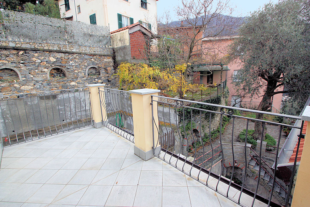 Appartamento a Avegno